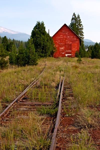 Vintage Scene of Red Barn and Railroad Tracks in the town of McCloud