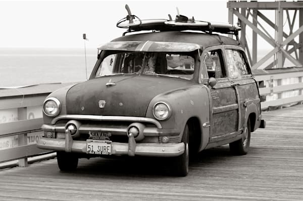 photo of a 1951 ford woody country squire on the san clemente pier