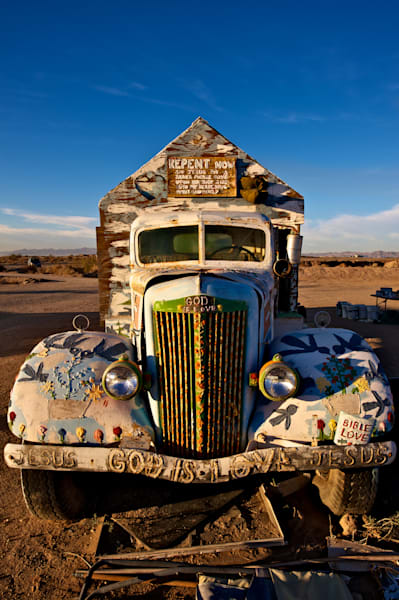 photo of one of leonard knight`s trucks, a legend folk artist.