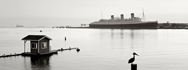 Pelican and the Queen Mary