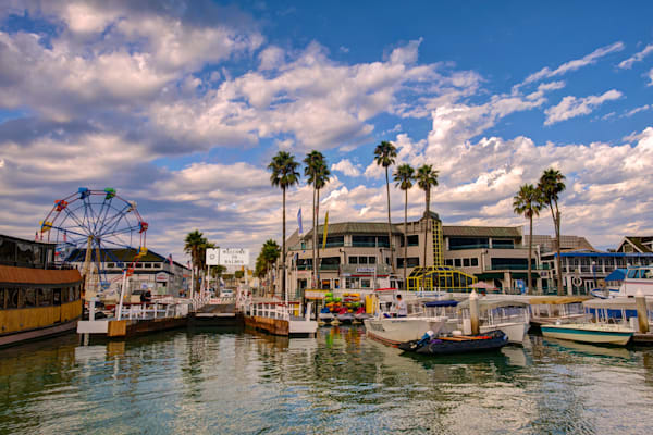 photo of the balboa fun zone area of the peninsula from the auto ferry in newport bay, california.