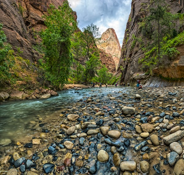 the-narrows-zion-national-park-utah