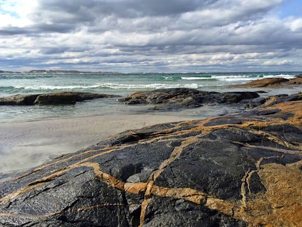 coffin's wingaersheek beach rock seascape gloucester