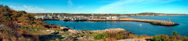 rockport harbor fall foliage panorama