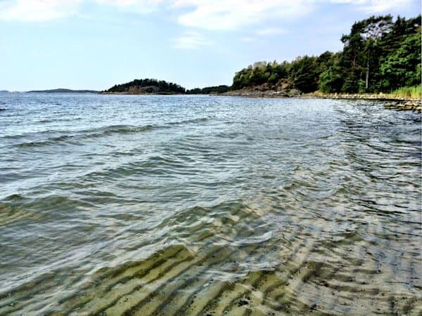 sand ripples underwater