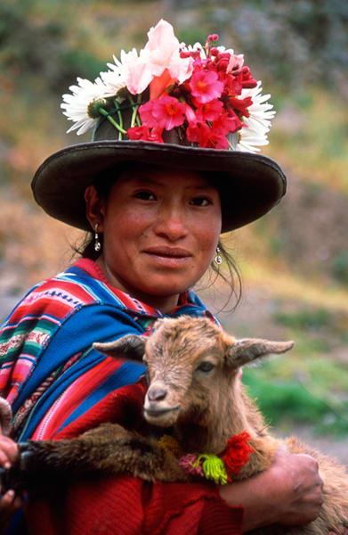 Pisaq Woman