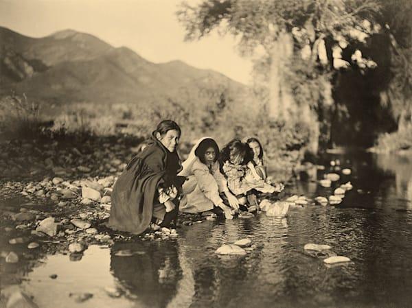 Taos Children, 1905