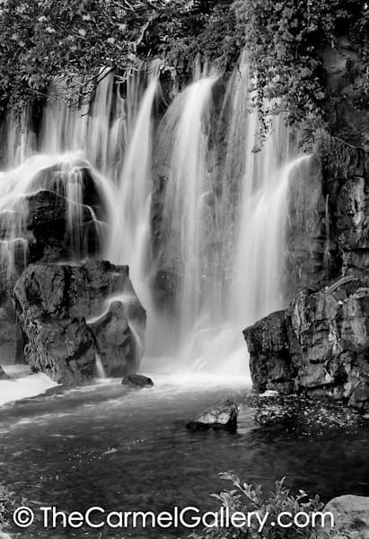 Wailea Waterfall BW