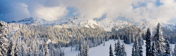 Winter storm and snow over the Tatoosh Mountains