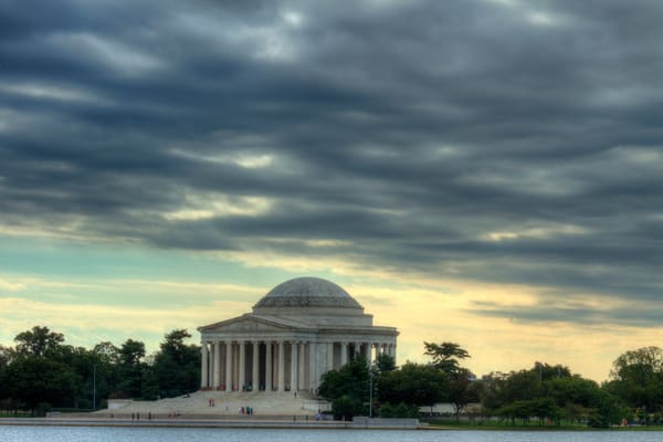 A Cold Jefferson Memorial Fine Art Photograph by Michael Pucciarelli