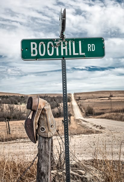 Boothill RD, the Kansas Flint Hills - color