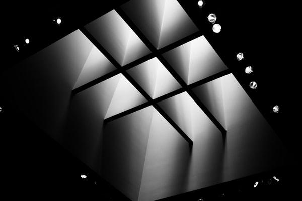 norton-simon-light