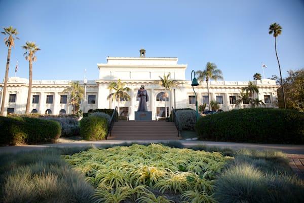 """Ventura City Hall Grand View"""