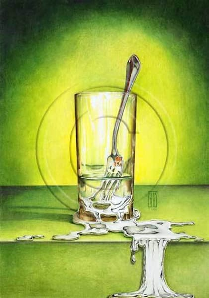 Glass_with_melting_fork_ujscou