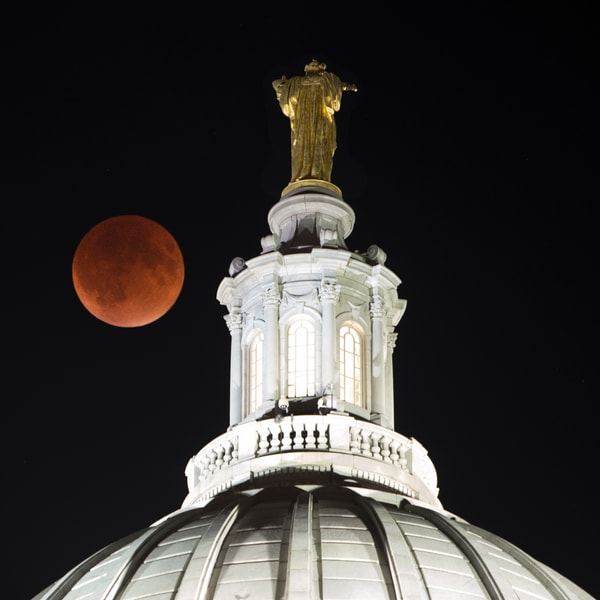 SP 002: Blood Moon, Madison, Wisconsin