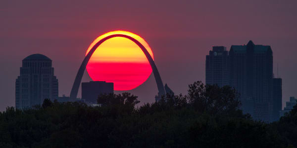 Sunsetting Behind the Arch