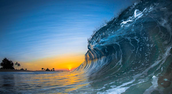 Wave Photography | First Light by Jaysen Patao