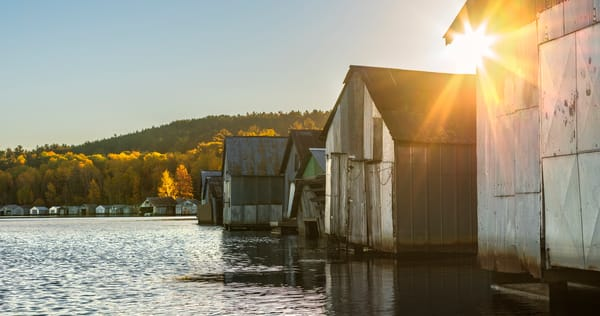Autumn sunrise at the Stuntz Bay Boathouses