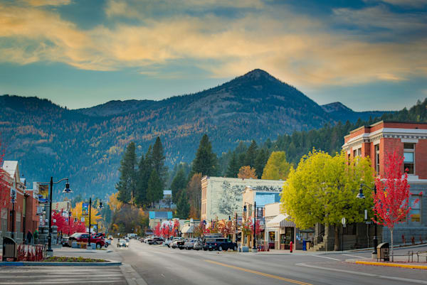 Main Street Fall Colours Art | Nelson Fine Art Printing