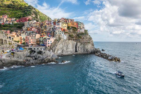 Manarola Lookout, Cinque Terre Italy Art Print