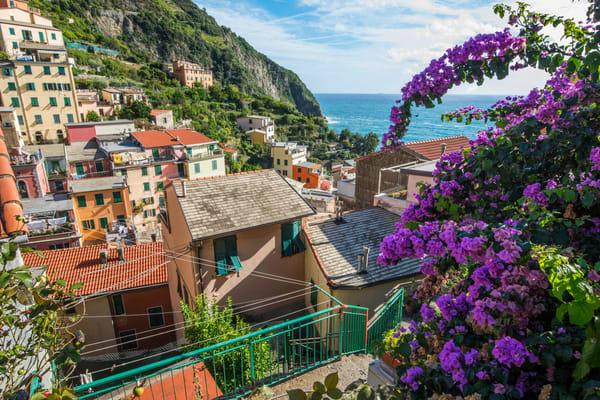 Riomaggiore Town, Cinque Terre, Italy Art Print by Brad Scott