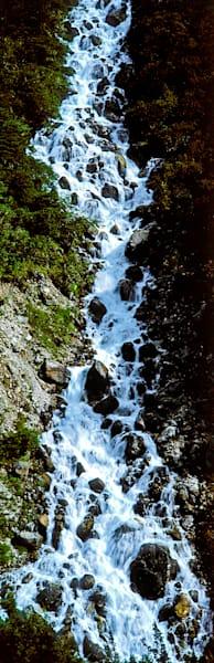 lakes-rivers-and-waterfalls-068