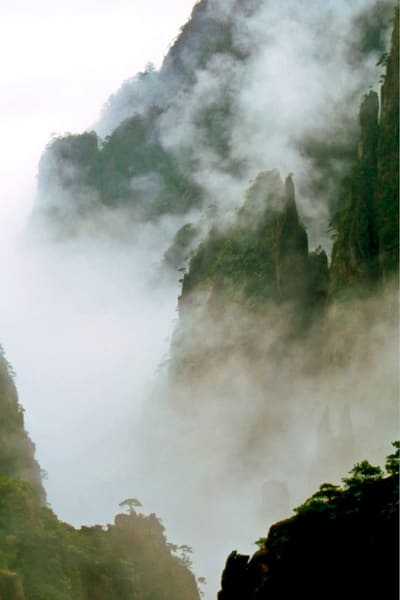 mountains-and-clouds-026