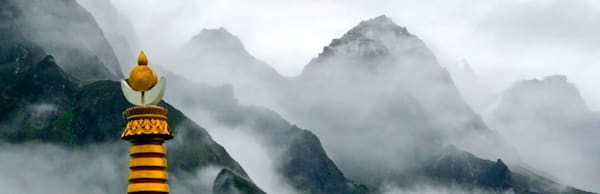 mountains-and-clouds-085