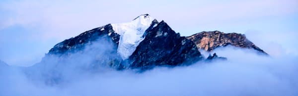 mountains-and-clouds-093
