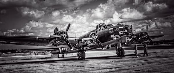 B-17 Flying Fortress Texas Raiders Restored Aircraft fleblanc