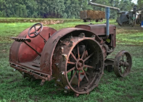 JL Case Gas Tractor Vintage Abandoned|Wall Decor fleblanc