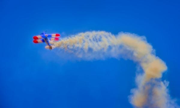 Biplane Smoke War-bird Acrobatics Battle Precision Stunt fleblanc