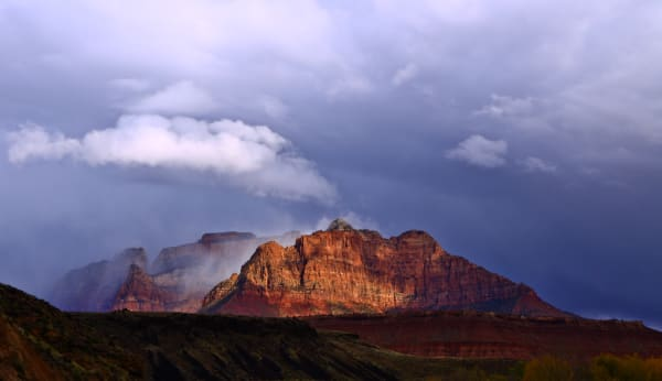 Spotlight On Mt. Kinesava- Zion NP