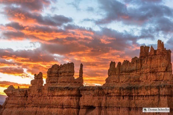 Bryce Sunrise fom the Navajo Loop/Fine art prints for sale by Thomas Schoeller