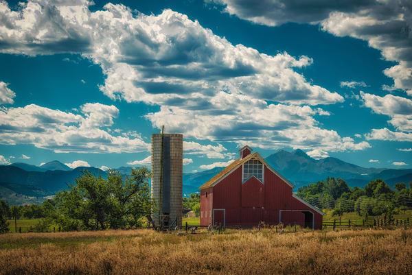 Photograph of Old Stroh-Dickens Rustic Colorado Barn Boulder County