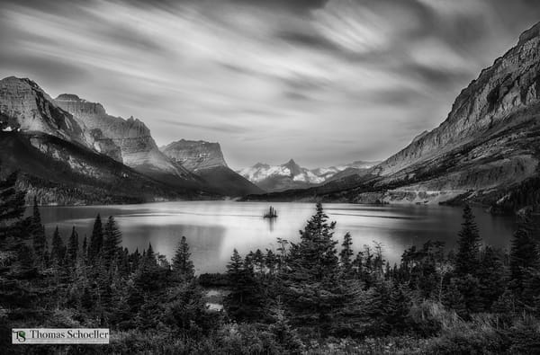 Glacier National Park Fine Art Black and White prints/Glorious sunrise at St Mary Lake and Wild Goose Island