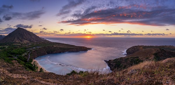 Nature Photography | Hanauma Bay Sunrise by Peter Tang