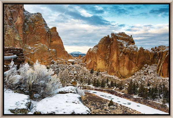 Black Butte View (151344LNND8) Photograph for Sale as Fine Art