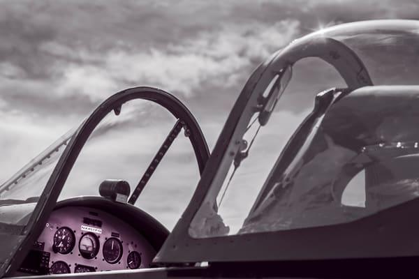 Chance Vought F4U Corsair Monochrome Restored Military fleblanc