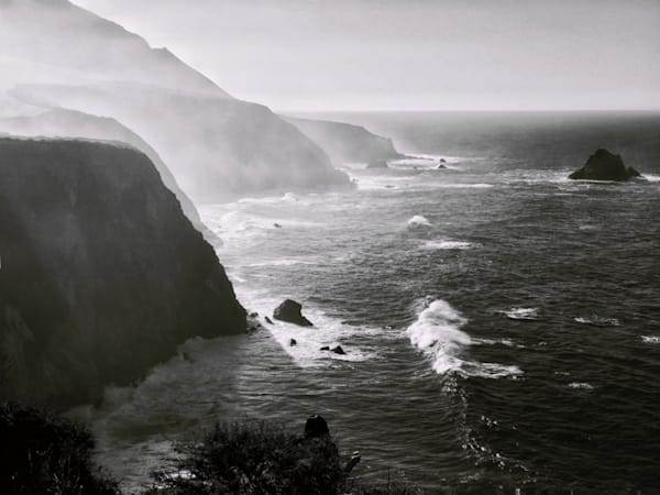 Beautiful Fine Art Paintings and Photographs by Vivian Lo – Picture a foggy northern California coastline near Big Sur in black and white.  Originals and Prints for sale - VLo Photo