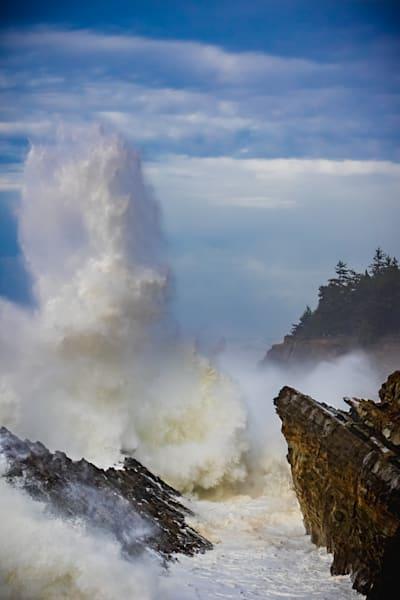 Huge waves crash at Shore Acres state park in Oregon.