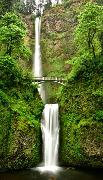 Multnomah Falls on display in the Columbia River Gorge, Oregon - Fine Art Prints on Metal, Canvas, Paper & More By Kevin Odette Photography
