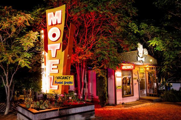 Bashful Bob's Motel Photography Art | frednewmanphotography
