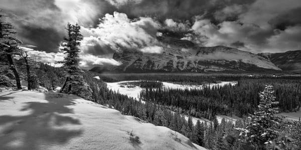 Banff's  Bow Valley as Spring arrives.Canadian Rockies|Rocky Mountains|Banff national Park|
