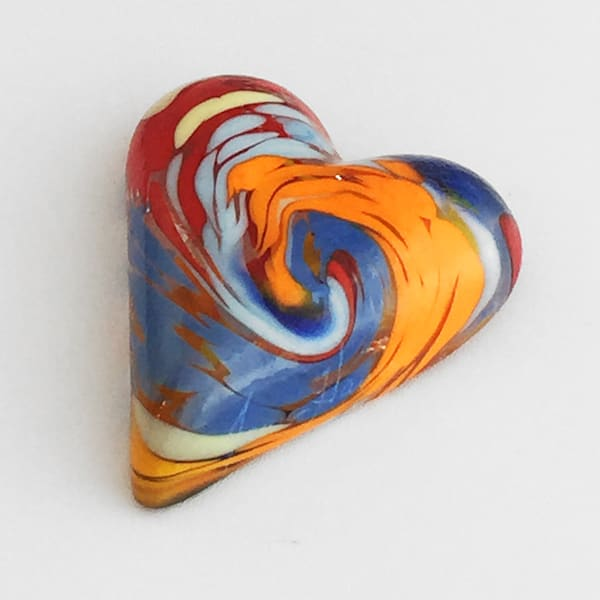 Glass Heart 1, glass art by James Hayes.