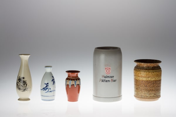 Mugs and Vases on White Plexi