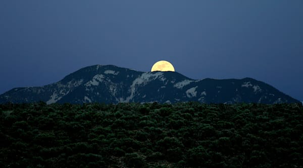 Moonrise Art | Fine Art New Mexico