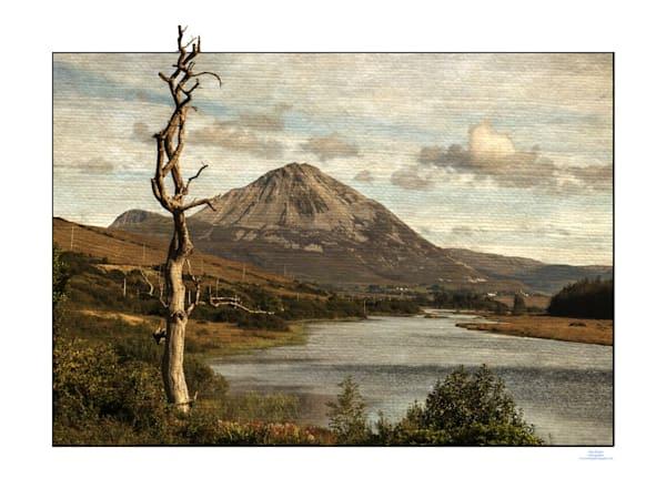 544-Mt ErrigalAacanvasFlat