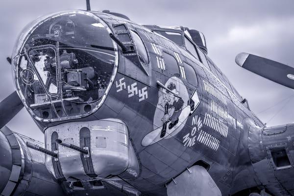 B-17 Flying Fortress Historic Warplane Monochrome fleblanc