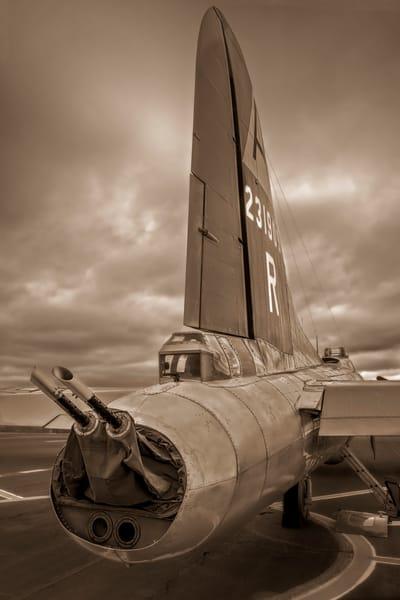 B-17 Flying Fortress WW2 USAF Warplane Warm Tone fleblanc